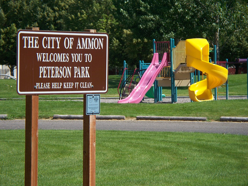The population density of Ammon in Idaho is 714.74 people per square kilometer (1852.01 / sq mi)