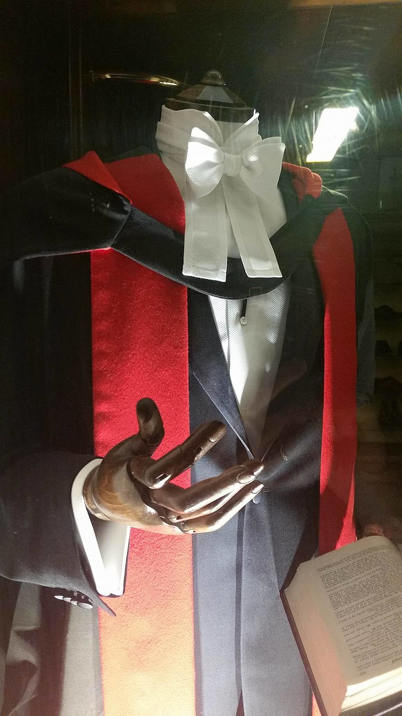 Ph.D. gown, Cambridge University.jpg