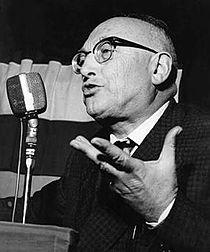 Pietro Nenni speech.jpg