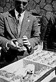 PikiWiki Israel 227 ks-13- 392 בדיקת כשרותם של אתרוגי גן-שמואל.jpg