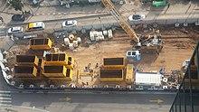 התחלת העבודות לחפירת התחנה, דצמבר 2015