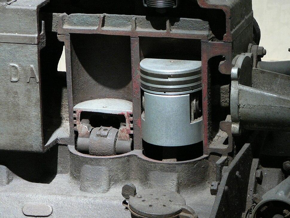 Piston of DAT engine