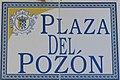 Placa de la plaza del Pozón (cropped).JPG