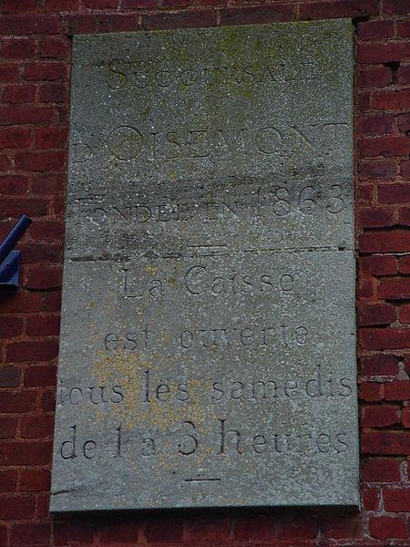 File:Plaque droite de l'ancienne Caisse d'Epargne et de retraite d'Oisemont(Somme(80)-France).JPG