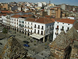 Plaza mayor de Cáceres.jpg