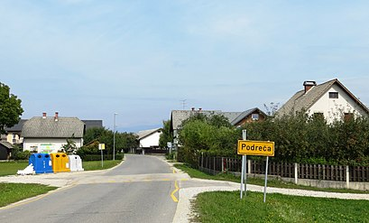 How to get to Podreča with public transit - About the place