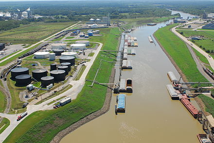 The Tulsa Port of Catoosa. Port of Catoosa 2007.jpg