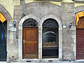 Prato, via cambioni 21, resti medievali 02.JPG