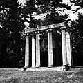 Princeton Battlefield Colonnade.jpg