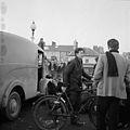 Protest gyntaf Cymdeithas yr Iaith Gymraeg ar Bont Trefechan, Aberystwyth (24562485684).jpg