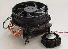 Prozessorkuehler Sockel 775 heatpipe.jpg