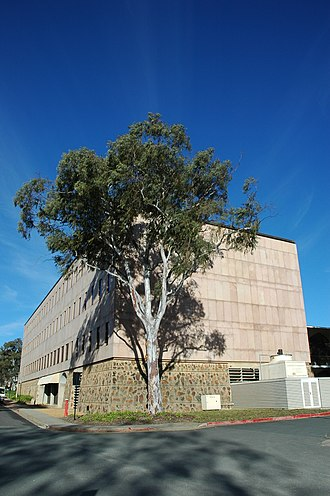 Australian National University Library - R. G. Menzies Building