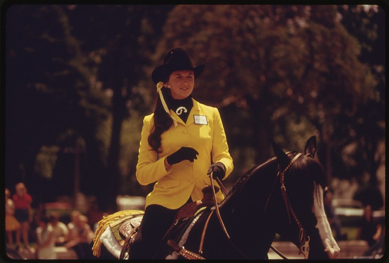 File Rodeo Queen On Horseback During A Parade Through The