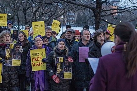 Protester over utan konfrontation