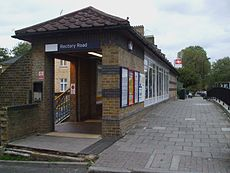 Rectory Road stn entrance look east.JPG