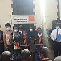 Remise de kit numérique de la Fondation Orange à l'EPP Ambanidia.jpg