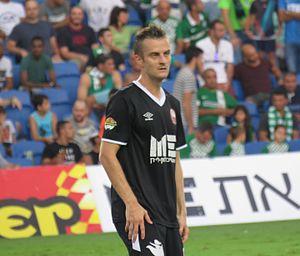 Rene Mihelič - Mihelič playing for Hapoel Ra'anana in 2015