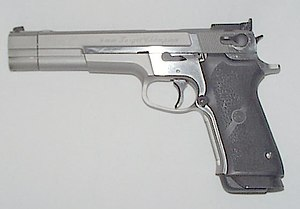 Smith & Wesson Model 59 - Image: S&W 59 Target Champion Waffenwiki