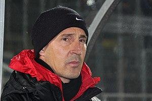 Adi Hütter - Hütter as a coach of SV Grödig (23 November 2013)