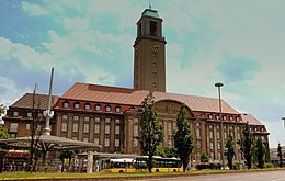 SPANDAU RATHAUS GERMANY JUNE 2013 (9116347187).jpg
