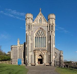 Sacred Heart Church, Wimbledon - Image: Sacred Heart RC Church, Wimbledon, London, UK Diliff