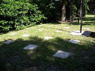 San Marcos de Apalache Historic State Park - Image: San Marcos de Apalache SP cemetery 01