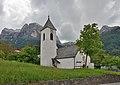 Sankt Martin Kirche in Ums Völs am Schlern Seitenansicht.JPG