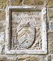 Santa croce, loggiato sud, esterno stemma taddei.JPG
