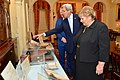 Secretary Kerry Shows Norwegian Prime Minister Solberg and Her Husband a Display Prior to the U.S.-Nordic Leaders' Luncheon (26961227756).jpg