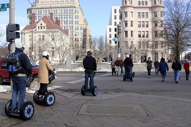English: Segway tour at Washington, D.C. (Penn...