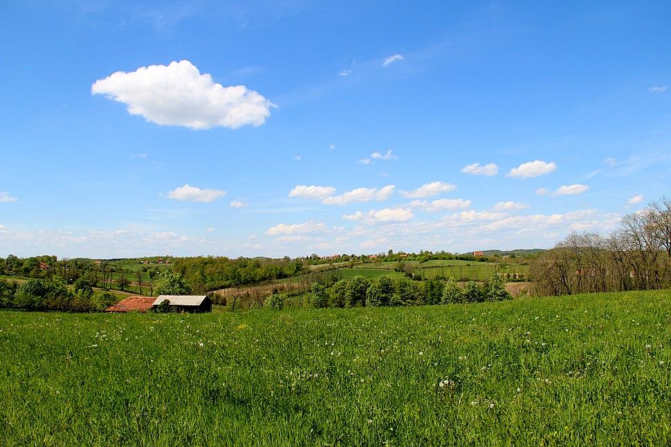 Selo Jazovik - opština Valjevo - zapadna Srbija - panorama - u pozadini selo Kozličić 1