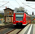Sinsheim - der Bahnhof - DBAG 425-315 - 2019-04-08 15-01-04.jpg