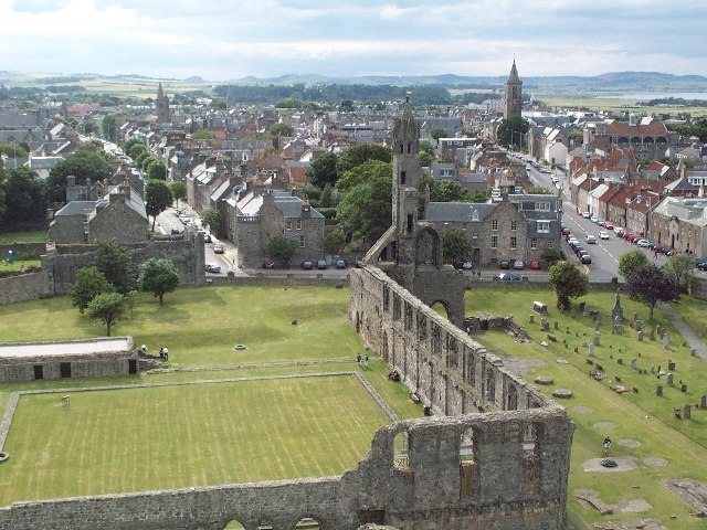 St. Andrews from the ruined Cathedral - geograph.org.uk - 101422