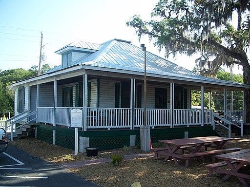 St Aug 1910 Cracker House01