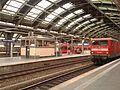 Stacja Berlin Ostbahnhof widok z peronu.jpg