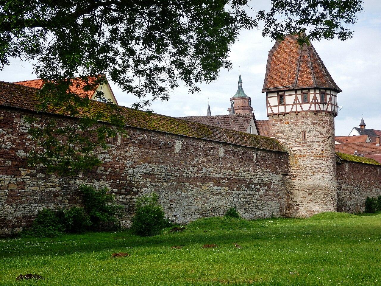 Datei:Stadtmauer In Weil Der Stadt