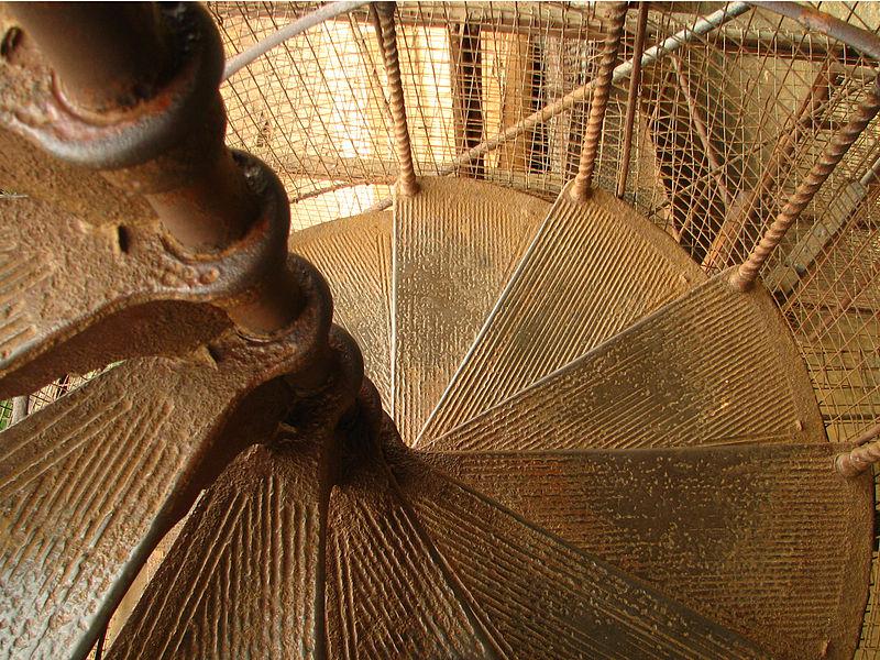 Файл: Лестница в Сигирии, Шри-Ланка (2243329605) JPG.