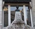 Statue Eugène Scribe - Angle des rues Saint-Denis et Reynie à Paris.JPG