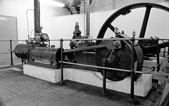 Walthamstow Pumphouse Museum - A steam engine on display