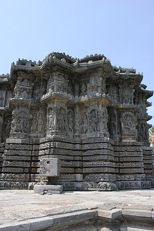 Kedareshwara Temple, Halebidu - Stellate plan of shrine outer wall in the Kedareshwara temple at Halebidu