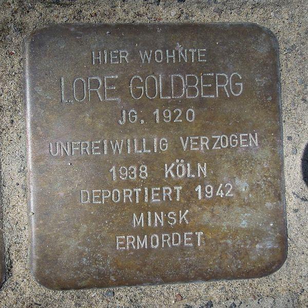 File:Stolperstein Brilon Gartenstraße 13 Lore Goldberg.JPG