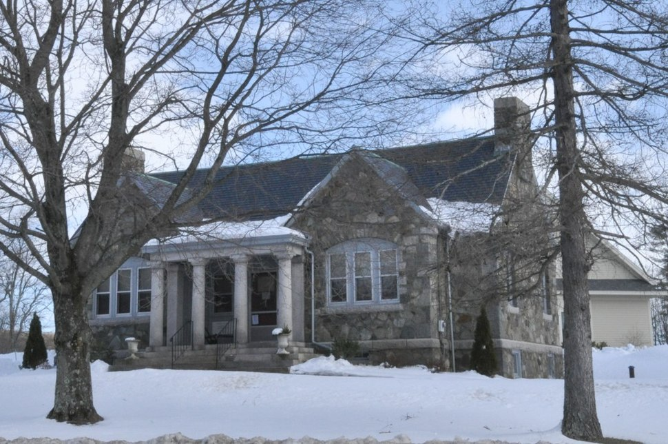The Stratham Historical Society, housed in the former Wiggin Memorial Library building