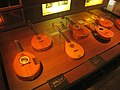 Stringed instruments - Musical Instrument Museum, Brussels - IMG 3919.JPG