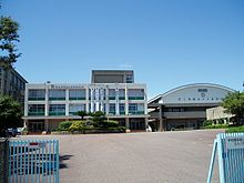Suma-Tomogaoka-HighSchool-2012081901.jpg