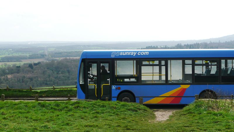 File:Sunray Travel GX56 AEB and Box Hill.JPG