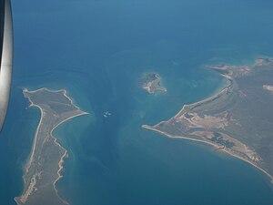 South Wellesley Islands - Image: Sweers Island 01