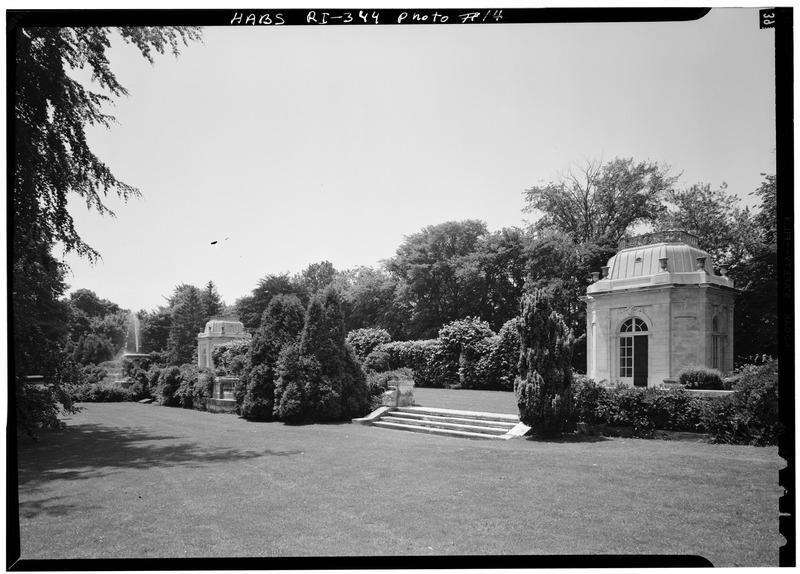File:TEAHOUSES (GAZEBOS), LOOKING SOUTHWEST - The Elms, Bellevue Avenue, Newport, Newport County, RI HABS RI,3-NEWP,60-14.tif