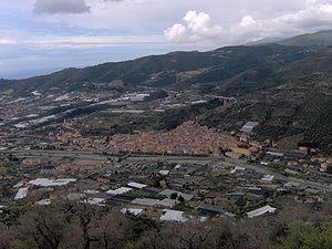 Taggia - Image: Taggia vista dalla collina ad est