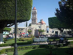 Tarandacuao - The parish church and central square in Tarandacuao, Guanajuato.