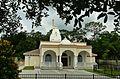 Temple Next Door - panoramio.jpg